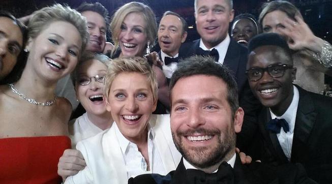 Social Media Automation - Ellen Selfie